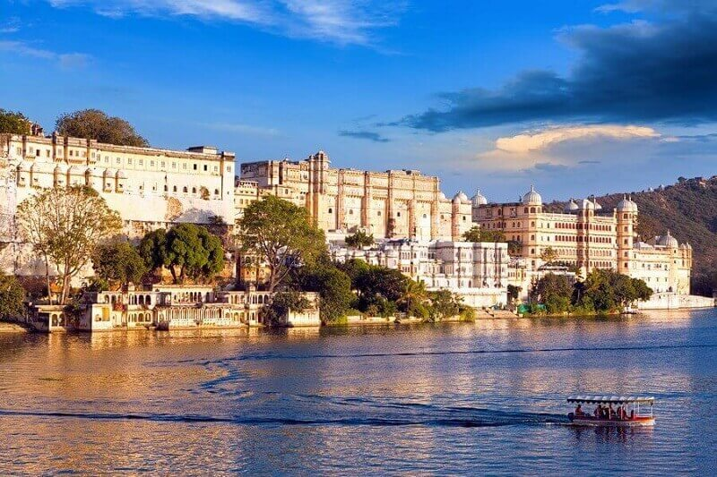 Our Taxi Service in Udaipur